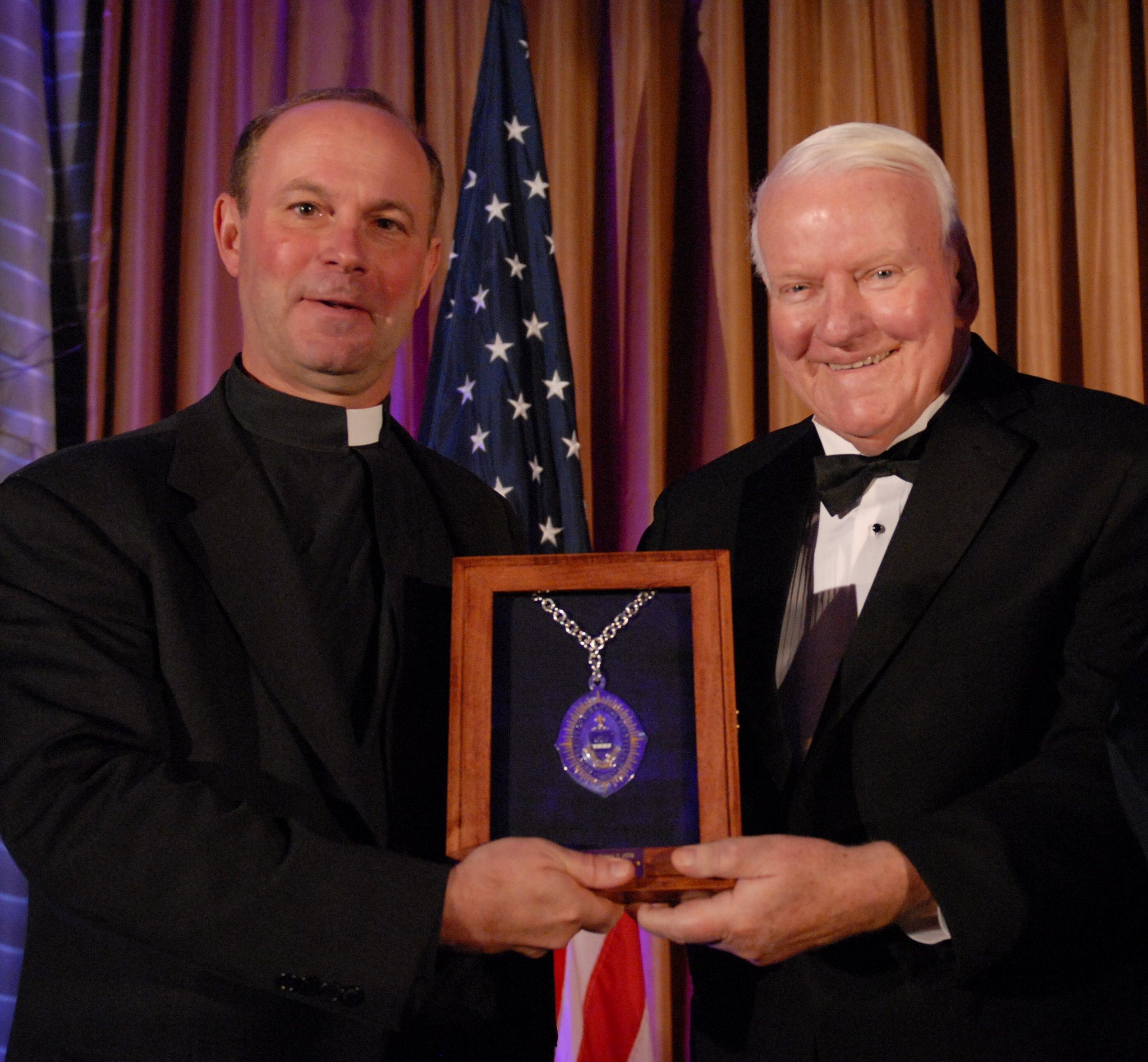 Mr_Kane_receiving_medal-1.jpg