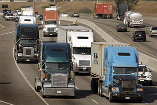 heavy truck fuel efficiency is an issue for these big rigs